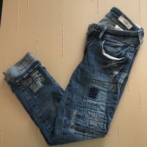 H&M's low waist skinny ankle jeans